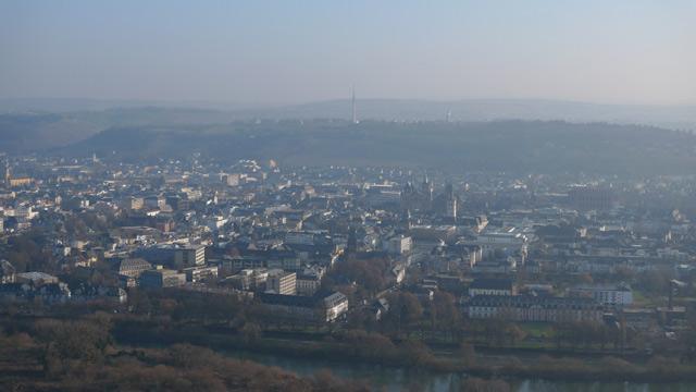 Trier von der Mariensäule mit Dunst